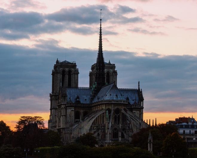 Notre Dame 7PM