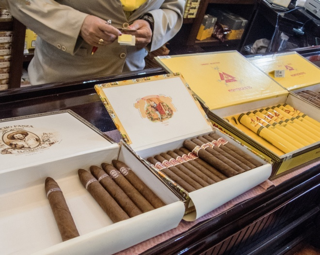 Cigar-Store-web