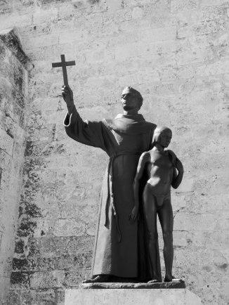 Monument of Junípero Serra (with Juaneño Indian boy), Basílica Menor de San Francisco de Asís