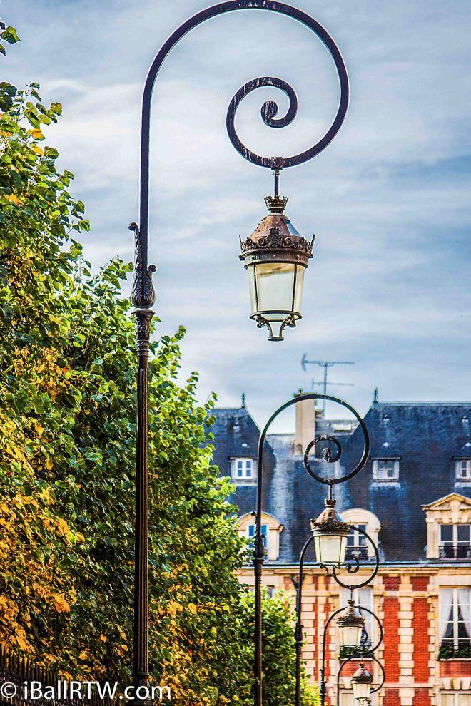iBallRTW-Parisian Streelights-1